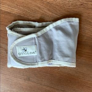 Anna & Eve swaddle strap